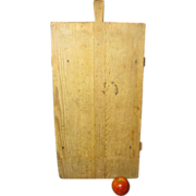 SALE Granny's Early Old European Farmhouse Noodle Board with Handle