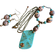 Dyed Howlite Turquoise and Leopardskin Jasper Brass Necklace and Earrings Set