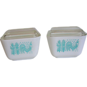 Vintage Pyrex Amish Butterprint Refrigerator Dishes 1 1/2 Cup with Lids