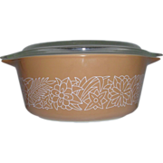Pyrex Woodland Casserole with Lid