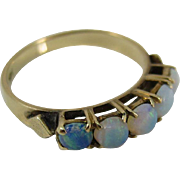 Vintage European 1940s 14k Yellow Gold and Opals Ring