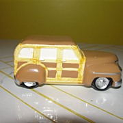 Dept 56 Snow Village Woody Station Wagon 56-51356