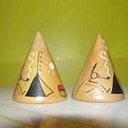 Wooden Tee-pee Salt and Pepper Shakers - b44