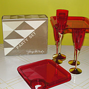 Perfect for a Party Georges Briard Shimmer Red 8 piece Hostess Set E4605-00 - b48