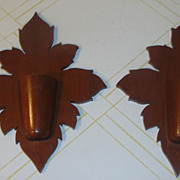 Wooden Maple Leaf Placque/Wall Pocket