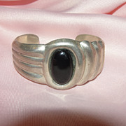 Horizontal and Vertical Ribs with Onyx Silver Bracelet - Free shipping