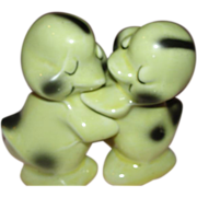 Duck Hugs Van Tellingen Salt and Pepper Shakers - b157
