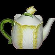 Lefton Tulip Tea Pot - b159