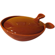 Eva Zeisel Red Wing Town and Country Rust Marmite with Lid - b56