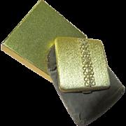 Golden Glamour Avon Compact - b63