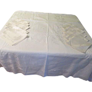 Ivory Damask Toyobo Mum Tablecloth and Napkins - b174