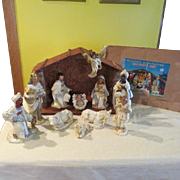 """Silent Night"""" 11 piece Nativity Set Creche in Box = b"
