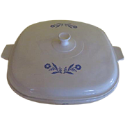 It's in very good condition.Corning Pyroceran Covered Casserole