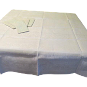 Waffle Weave Tablecloth and Napkins - L4