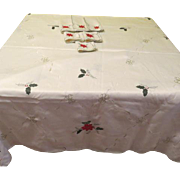 Gold Trimmed Red Poinsettia Tablecloth and Napkins - L4