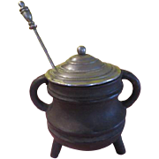 For all Your Gluing Needs Cast iron Glue Pot with lid and Stirrer - g