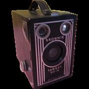 Eastman Kodak Brownie Target Six-16 Box Camera - b200