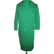 Go for the Green Suit with Shell/dickey