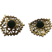 Green Faux Jade Cab Gold Tone Filigree Clip Earrings