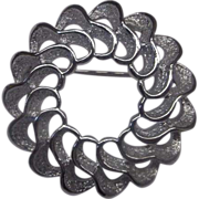 REDUCED Sarah Coventry Silver Tone Rhodium Plated Openwork Wreath Pin