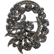 Eisenberg Ice Clear Rhinestone Pin Oval Wreath