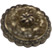 Fancy Filigree Round Scarf Clip Gold Tone