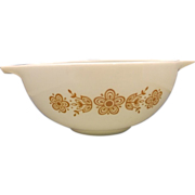 SOLD Pyrex Butterfly Gold 2 1/2 Qt Cinderella Mixing Bowl Gold on White