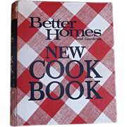 Better Homes & Gardens New Cook Book 1968 Fifth Printing 1972