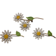 Daisy Flower Power White Green Enamel Scatter Pins Set