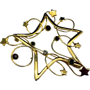 Christmas Star Pin Gold Tone Wire Red Green Rhinestones