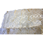 Crocheted Bedspread Coverlet Ecru Cotton Pinwheel Lace 72 x 54 IN