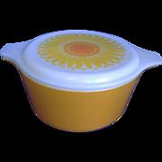 Pyrex Sunflower 1.5 Qt Casserole Yellow Orange White Glass