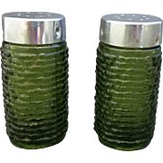 Soreno Avocado Green Salt Pepper Shakers Anchor Hocking