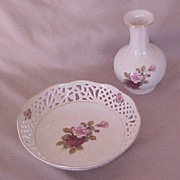 """SALE Royal Tri Ever Reticulated """"Roses"""" Bowl and Matching Vase, Dipinto a mano (Hand"""