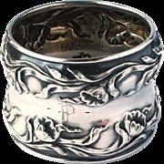 Antique Art Nouveau Sterling Silver Repousse Poppy Motif Napkin Ring 'P' c1910