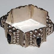 Vintage MEXICAN STERLING Bracelet - Carved Onyx Heads, pre 1950