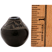 "1"" Miniature GERI NARANJO Santa Clara Blackware Pottery Pot - Sgraffito Avanyu Snake or W"