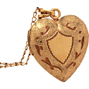 Vintage Heart Locket on Gold Filled Chain, Picture Photo Locket Pendant