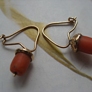SALE Victorian 10K Coral Acorn Earrings