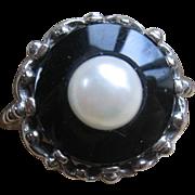 Vintage 10K Onyx Cultured Pearl Ring