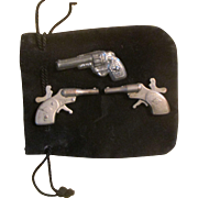 Mignonette Mondial Mini Cap Guns and Japan Gun Pin