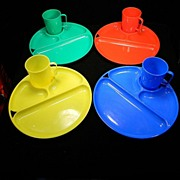 Colorful Vintage Lustro-Ware Picnic Set