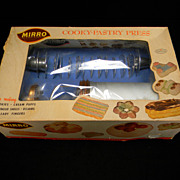 SOLD Vintage 1950's Mirro Cooky & Pastry Press 358AM in Original Box with Original Price Stick