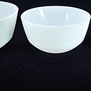 SOLD Three Fire King Anchorwhite 400 Line Mixing Bowls