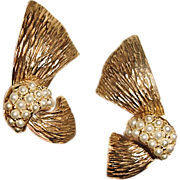Ledo Polcini Earrings Gold Metal Ribbon White Seed Beads