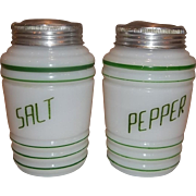 SALE Hazel Atlas Green Salt & Pepper Range Shaker Set