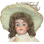 Darling Antique 1079 bisque doll by Simon Halbig