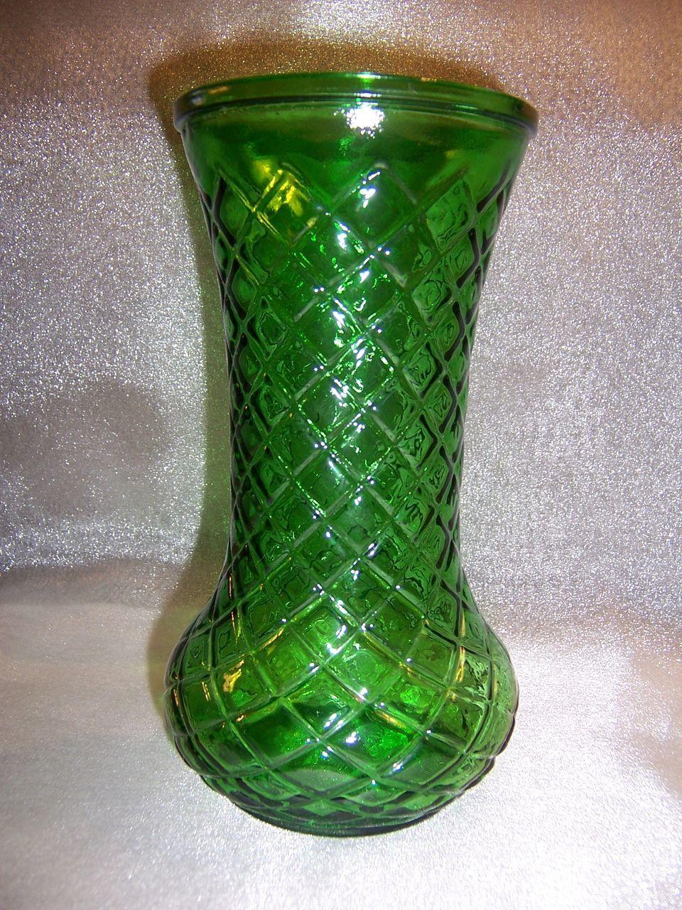 Vintage Emerald Green Hoosier Glass Vase Diamond Cut Pattern 8 189 From Johnsantiques On Ruby Lane