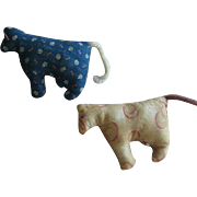 2 Handmade Vintage Toy Quilted Fabric Cows