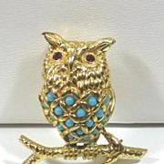 SALE Vintage Ciner Turquoise Glass Bead Perched Owl Pin